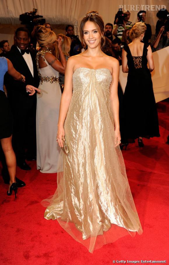 Le Gala du Met Costume Institute en 2011 : Jessica Alba en Ralph Lauren.