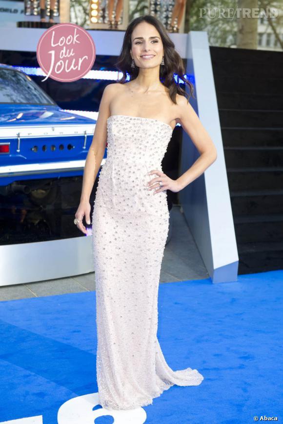 """Jordana Brewster, look du jour, pour la première de """"Fast & Furious 6"""" à l'Empire Leicester Square, à Londres, le 7 mai 2013."""
