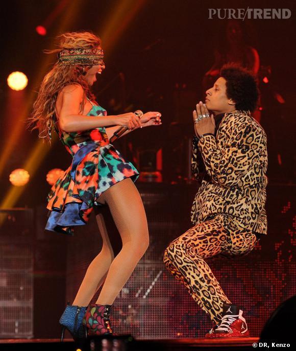 """Pour sa première représentation de """"Grown Woman"""" pour son """"Mrs. Carter Tour"""" à Paris, Beyoncé a choisi Kenzo !"""