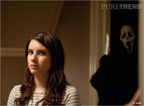 """Emma Robert ici version brune pour """"Scream 4""""... L'actrice est confirmée dans """"American Horror Story""""."""