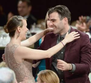 """Zachary Quinto et Sarah Paulson célèbrent leurs deux prix pour """"American Horror Story : Asylum"""", aux Critics Choice Awards 2013."""