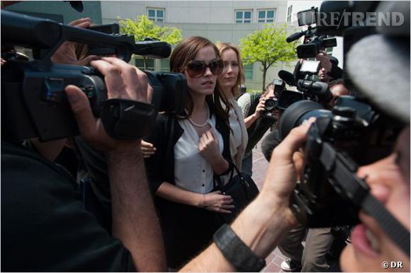 Emma Watson joue le rôle d'Alexis Neiers.