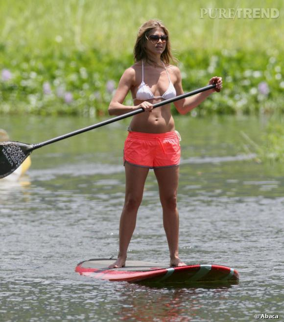Les sports des stars Jennifer Aniston est adepte - entre autres - du stand up paddle.