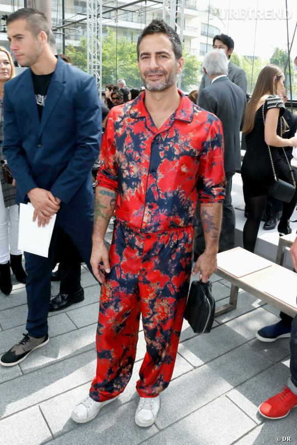 Marc Jacobs en pyjama lors du défilé Homme Louis Vuitton Printemps-Été 2014. 881653d15776