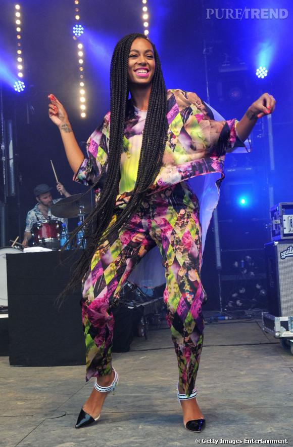 Solange Knowles porte des escarpins Sophia Webster.