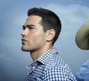 Christopher à gauche (Jesse Matcalfe) et John Ross III (Josh Henderson), les cousins ennemis.