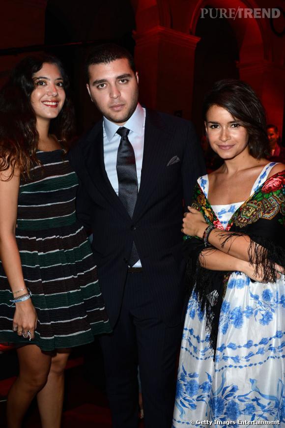 Le fils d'Elie Saab est bien entouré avec Nour Fares et Miroslava Duma.