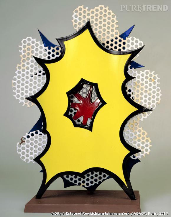 Small Explosion (Desk Explosion) [Petite explosion (explosion de bureau)], 1965. Porcelaine émaillée sur acier, socle en bois. © Estate of Roy Lichtenstein New York / ADAGP, Paris, 2013.