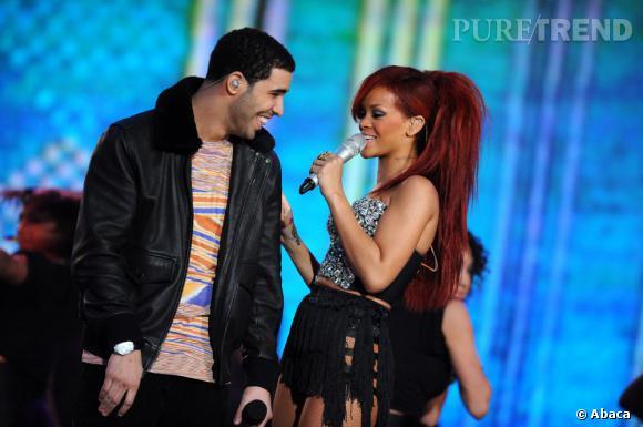 Rihanna se rapproche de plus en plus du rappeur Drake, une nouvelle idylle à prévoir entre les deux chanteurs ?