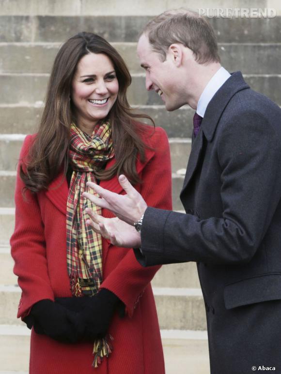 Unis, le couple semble désireux d'élever son enfant loin des codes royaux.