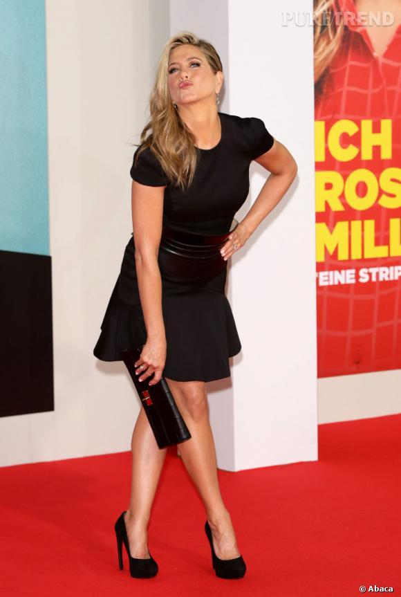 """Jennifer Aniston à la première de """"Les Millers : une famille en herbe"""" à Berlin en Allemagne le 15 août 2013."""