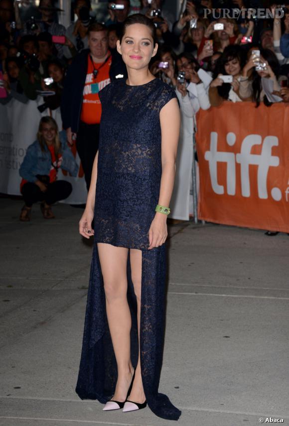 """Marion Cotillard a fait sensation lors de la projection du film """"Blood ties"""" hier à Toronto."""