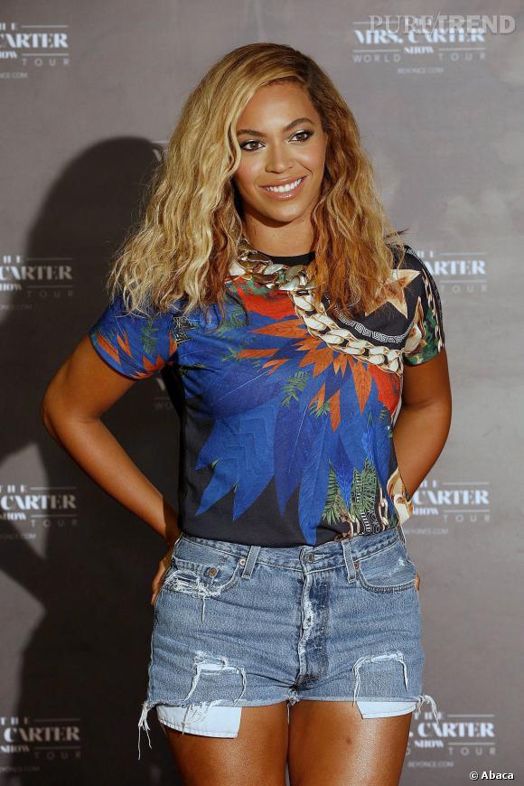 """Beyoncé est apparue plus radieuse que jamais lors de la conférence de presse pour """"Mrs Carter Tour""""."""