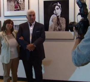 """Les parents d'Amy Winehouse présentent """"For You I Was A Flame"""", une exposition de photos en hommage aux 30 ans de la chanteuse."""