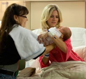 """""""Ce qui vous attend si vous attendez un enfant"""" (2012) : l'arrivée simultanée de plusieurs bébés crée quelques problèmes."""