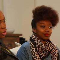 les cheveux afros se refont une beaut avec garnier. Black Bedroom Furniture Sets. Home Design Ideas