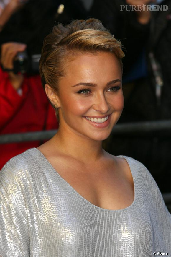 Hayden Panettiere A Coup 233 Ses Cheveux Tr 232 S Courts Il Ya