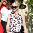 Lors de la baby shower d'une de ses amies à Los Angeles, Gwen Stefani affichait déjà son mini baby bump.
