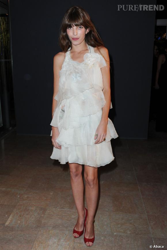 Lou Doillon, la petite robe blanche qui en dévoile suffisamment!