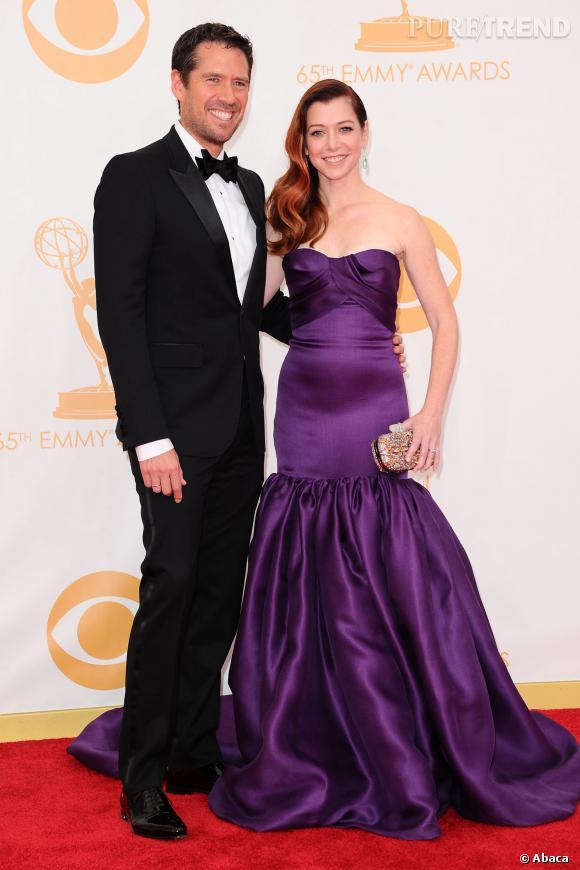 Alyson Hannigan et Alexis Denisof radieux au 65e Emmy Awards.