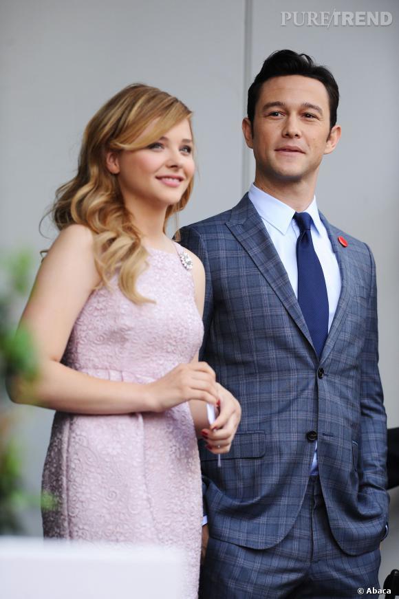 Chloe Moretz et Joseph Gordon-Levitt viennent à l'inauguration de l'étoile de Julianne Moore.