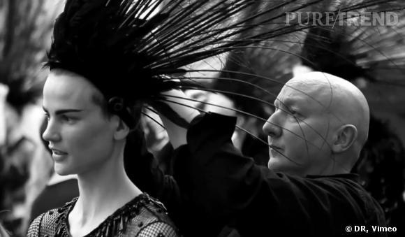 Dans les coulisses du dernier défilé de Marc Jacobs pour Louis Vuitton.