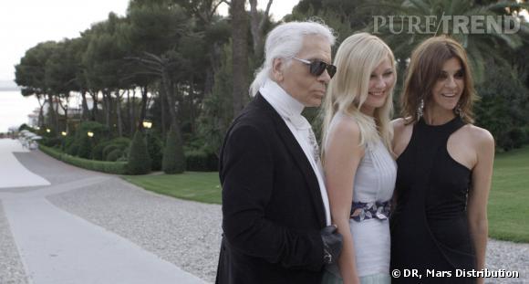 Carine Roitfeld aux côtés de Karl Lagerfeld et Kirsten Dunst.