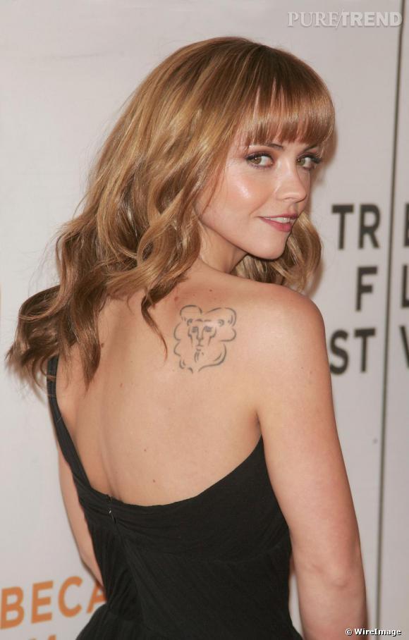 Christina Ricci est blonde en 2008 pour la promotion du film  Speed Racer.