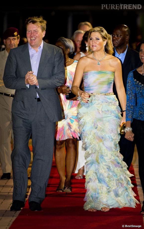 Le roi Willem-Alexander et la Reine Maxima des Pays-Bas en voyage officiel à Sint Maarten le 13 novembre 2013.