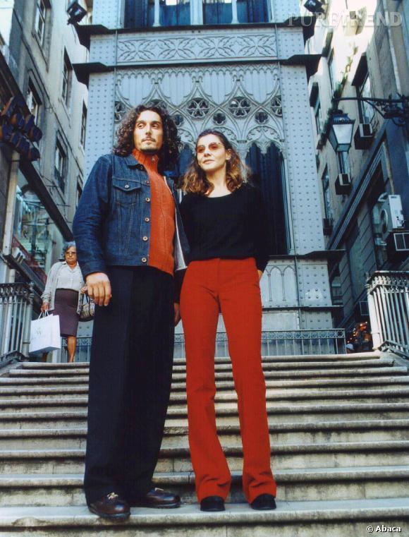 """Vincent Elbaz et Clotilde Courau en 2000 pour la promo de """"La Parenthèse enchantée""""."""