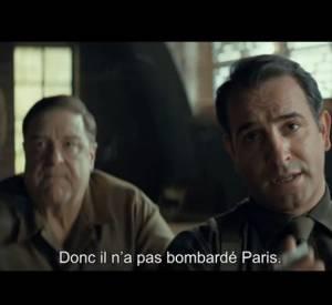 Jean Dujardin fait enfin ses débuts à Hollywood, aux côtés de George Clooney, Matt Damon et Cate Blanchett... Classe !