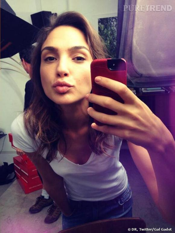 Gal Gadot, quand Wonder Woman nous offre un joli selfie !