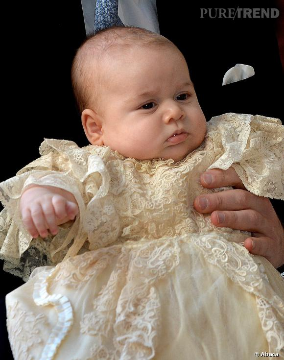 Le prince George va fêter Noël avec son arrière-grand-mère, la Reine Elisabeth II.