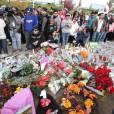 Les fans de Paul Walker se sont rassemblés sur le lieu du crash.