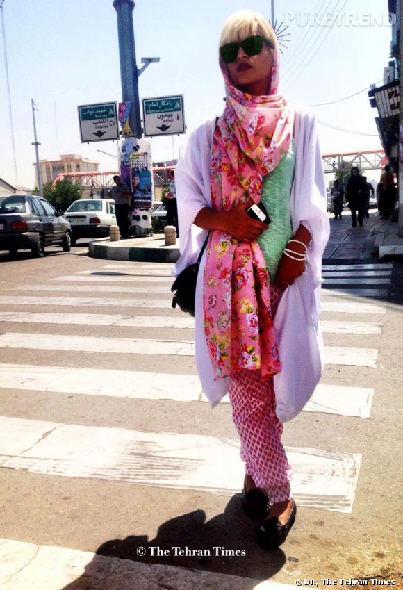 Le rose est à l'honneur dans les rues de la capitale iranienne.
