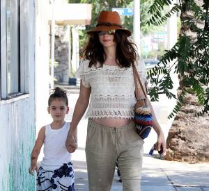Michelle Monaghan a mal négocié son look hippie.