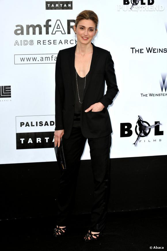 Julie Gayet au gala de l'amfAR en 2009.