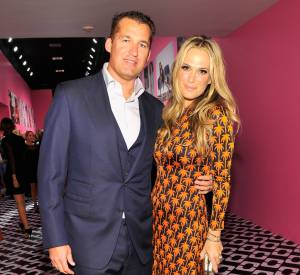 "Molly Sims et son mari Scott Stuber au vernissage de l'exposition ""Journey of a Dress""."