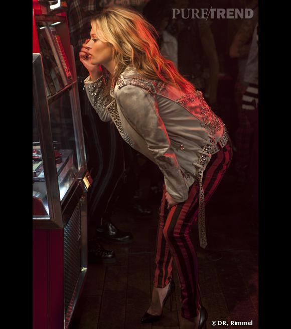 Kate Moss est rock et sexy dans cette nouvelle campagne Rimmel.