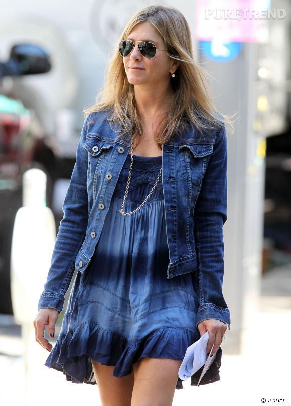 """Jennifer Aniston, """"girl next door"""", mais plus pour longtemps."""