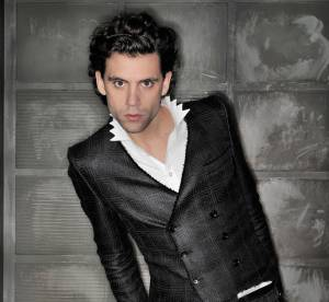 The Voice 3 : Mika, le dandy en 20 looks extravagants (et bien ajustés)