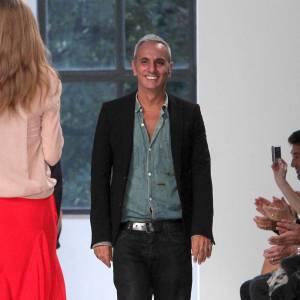 Alessandro DellÍAcqua présente son premier défilé pour Rochas mercredi 26 février 2014.