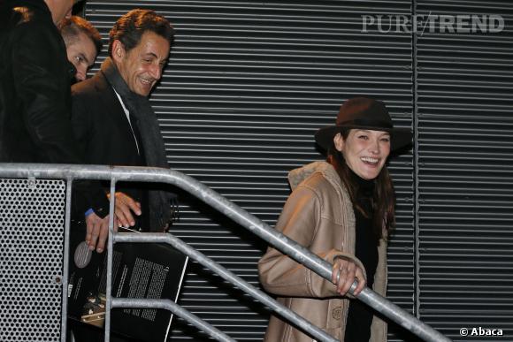 Carla Bruni était en concert à Cannes le vendredi 14 février et aurait été agacé de toute l'attention portée sur son mari Nicolas Sarkozy, selon Nice Matin.