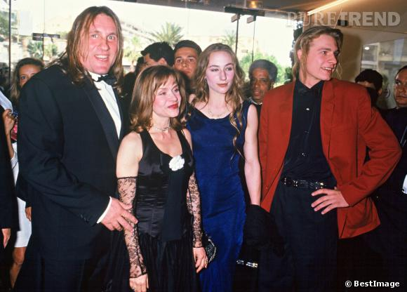 g rard depardieu avec julie guillaume et leur m re elisabeth au festival de cannes en 1992. Black Bedroom Furniture Sets. Home Design Ideas