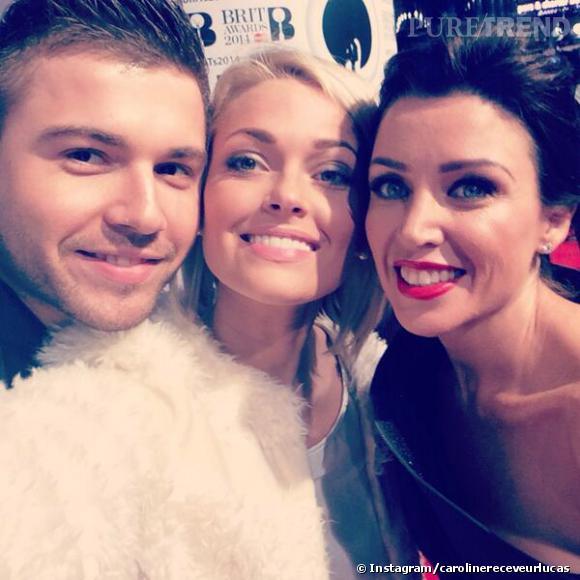 Caroline Receveur copine avec Dannii Minogue aux Brit Awards 2014.
