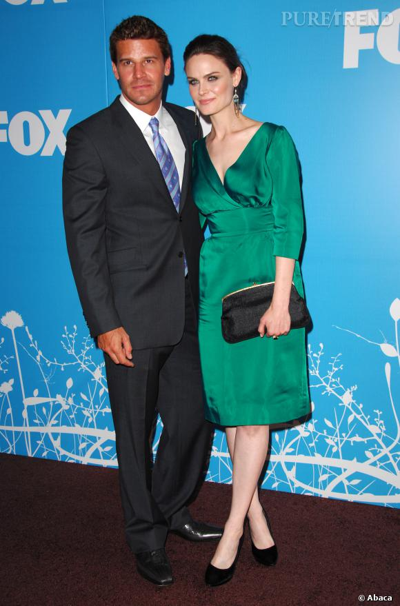 David Boreanaz et Emily Deschanel, un duo bien assorti, sauf au niveau du bronzage.