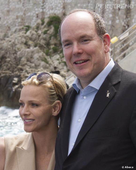 La Princesse Charlene de Monaco et le prince Albert II de Monaco sont en couple depuis 2005.
