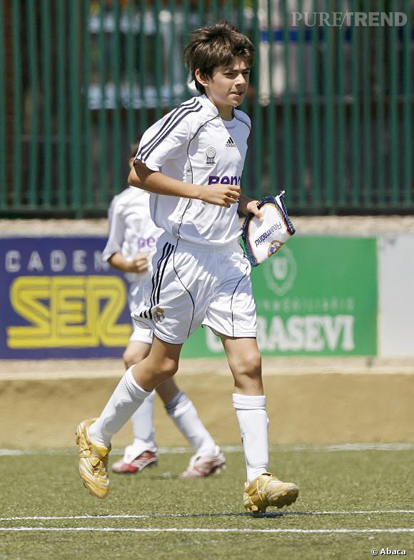 Enzo est le fils aîné de Zinédine Zidane.