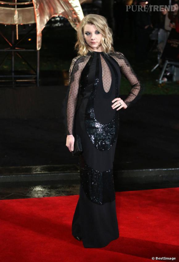 """Natalie Dormer, divine en longue robe semi-transparente à l'avant-première du film """"Hunger Games : L'Embrasement"""" en novembre dernier."""