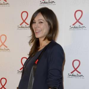 Marie-Ange Casalta future maman stylée à la soirée du Sidaction le 10 mars 2014.